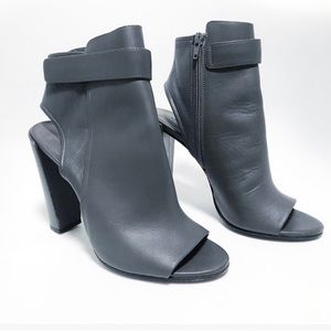 Vince. Graphite leather bringham heels